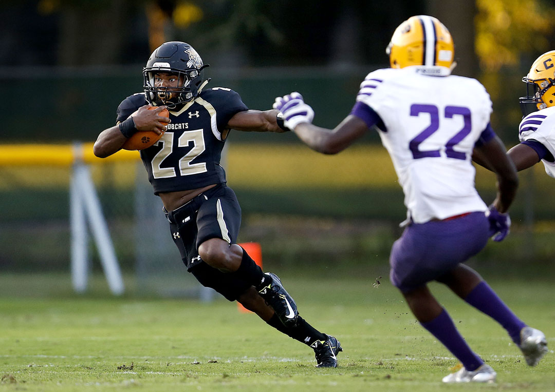 Buchholz Bobcats running back Khauriee Sullivan runs up field against the Columbia Tigers on Thursday, Sept. 8, 2016 in Gainesville, FL. Buchholz came from behind to win 27-23. Matt Stamey/Gainesville Sun