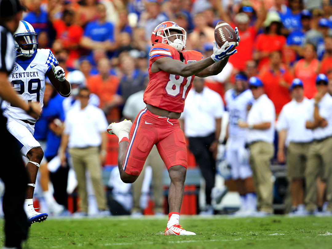 Florida Gators wide receiver Antonio Callaway (81) hauls in a pass for a touchdown against the Kentucky Wildcats during the first half at Steve Spurrier Florida Field at Ben Hill Griffin Stadium on Saturday, Sept. 10, 2016 in Gainesville, FL. Matt Stamey/Gainesville Sun