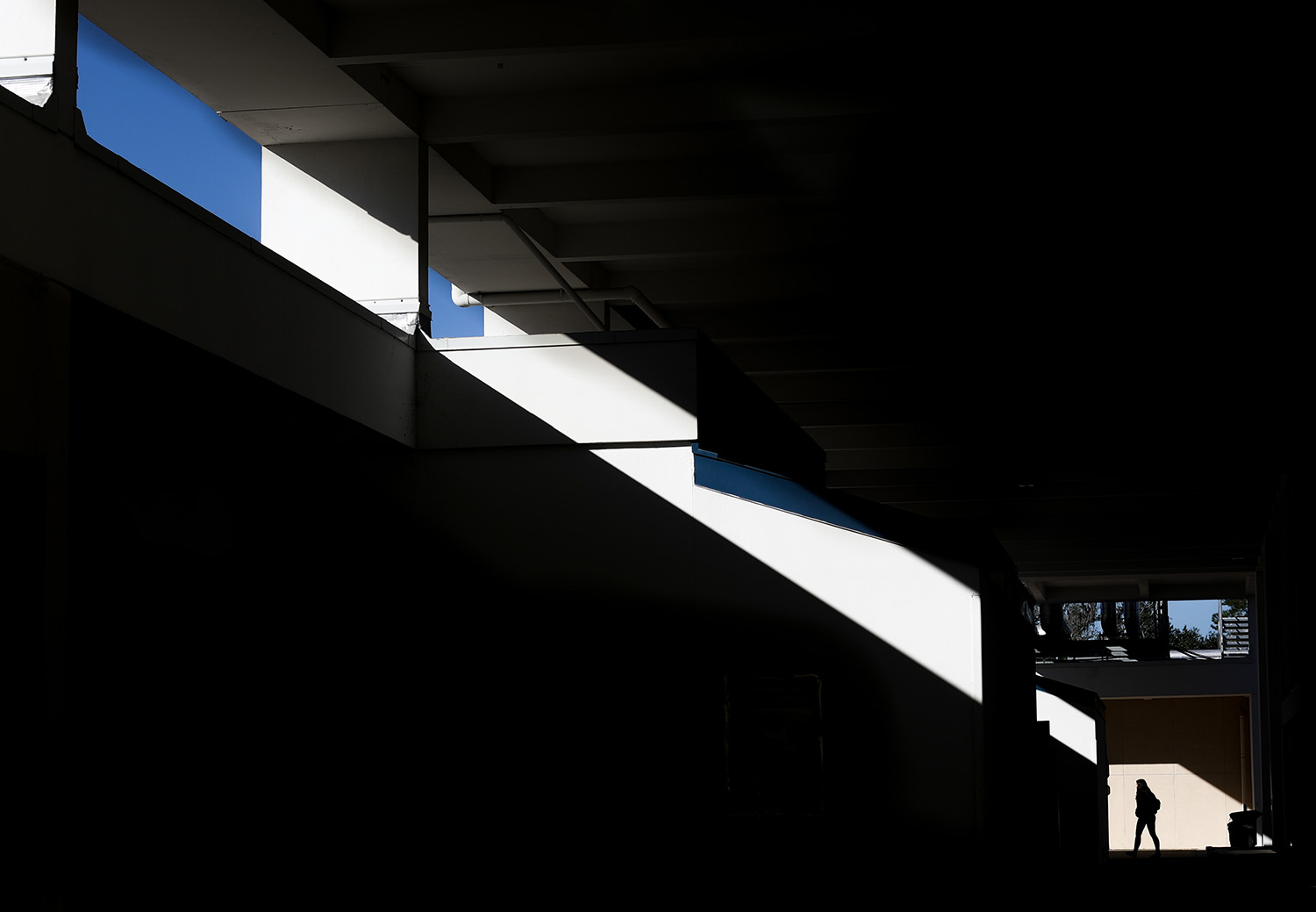 Light falls across the breezeway between buildings E and A on Thursday, Nov. 16, 2017 in Gainesville, Fla. (Photo by Matt Stamey/Santa Fe College)